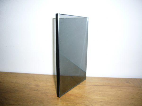 Juodas stiklas - durelėms